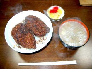 江戸新食堂 700円