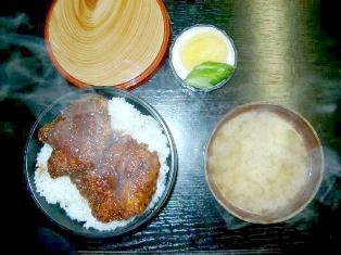 かどや食堂 700円(ソース丼)